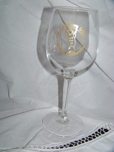 Lambtown Wine Glass